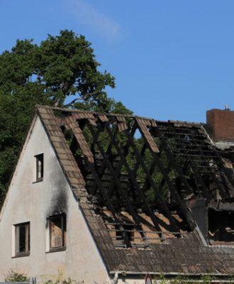 sachschaden-burninghouse